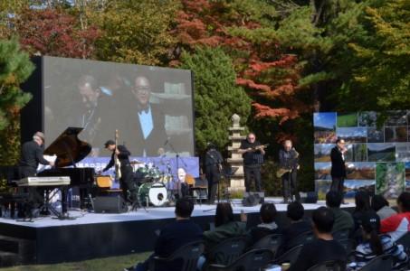 광릉추모공원 50주년 기념음악회 풍경